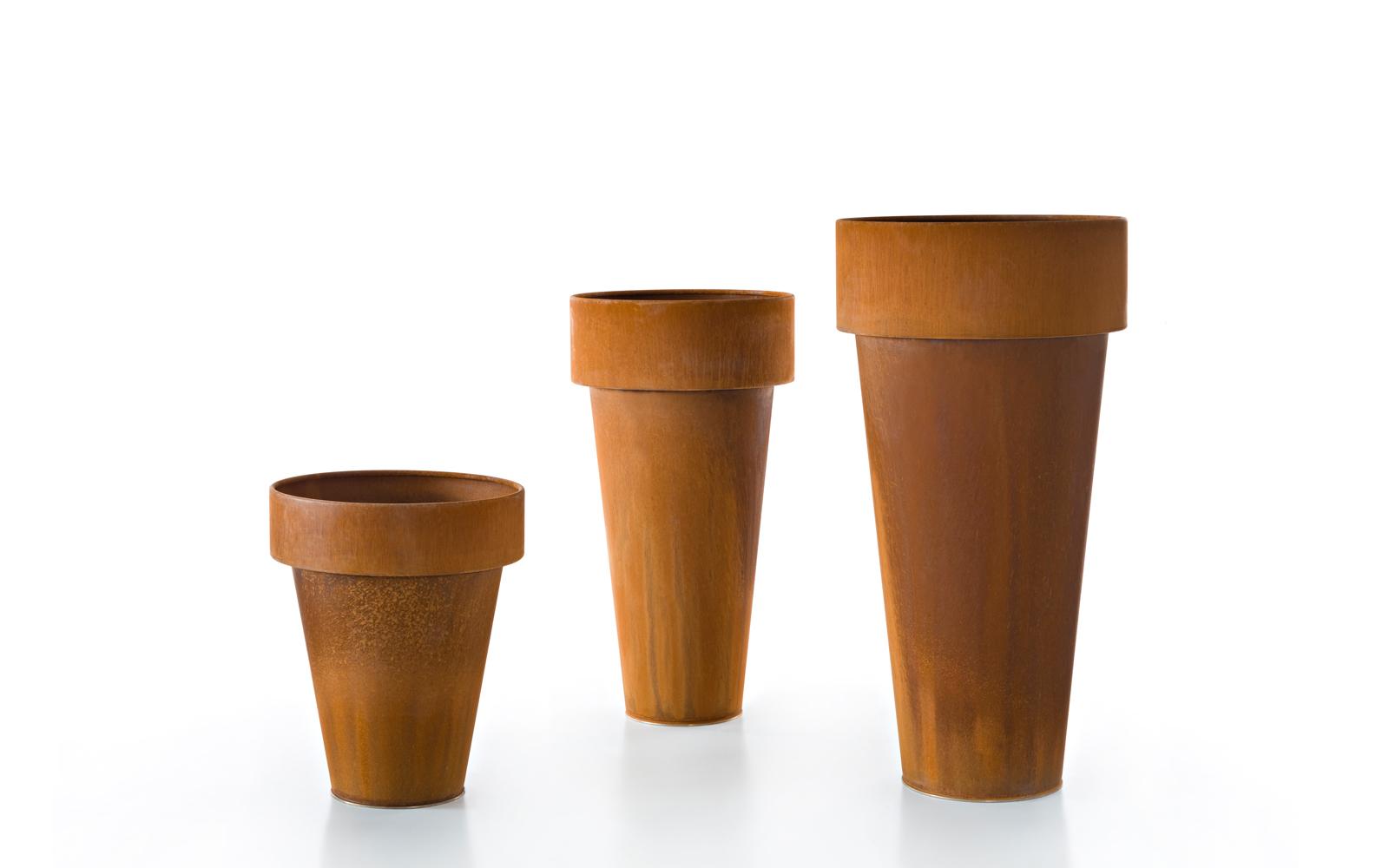 Hd home design omega acier corten pot de castelli for De castelli