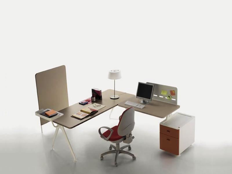 HD Home design | KIMA, bureau + retour caisson � Famo