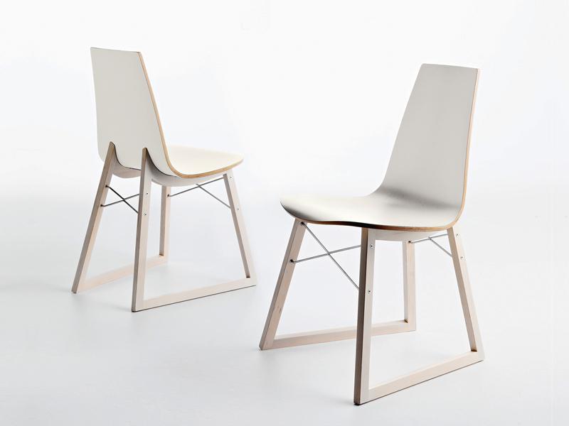 hd home design | ray, lot de 4 chaises ? horm - Chaise Blanche Pied En Bois